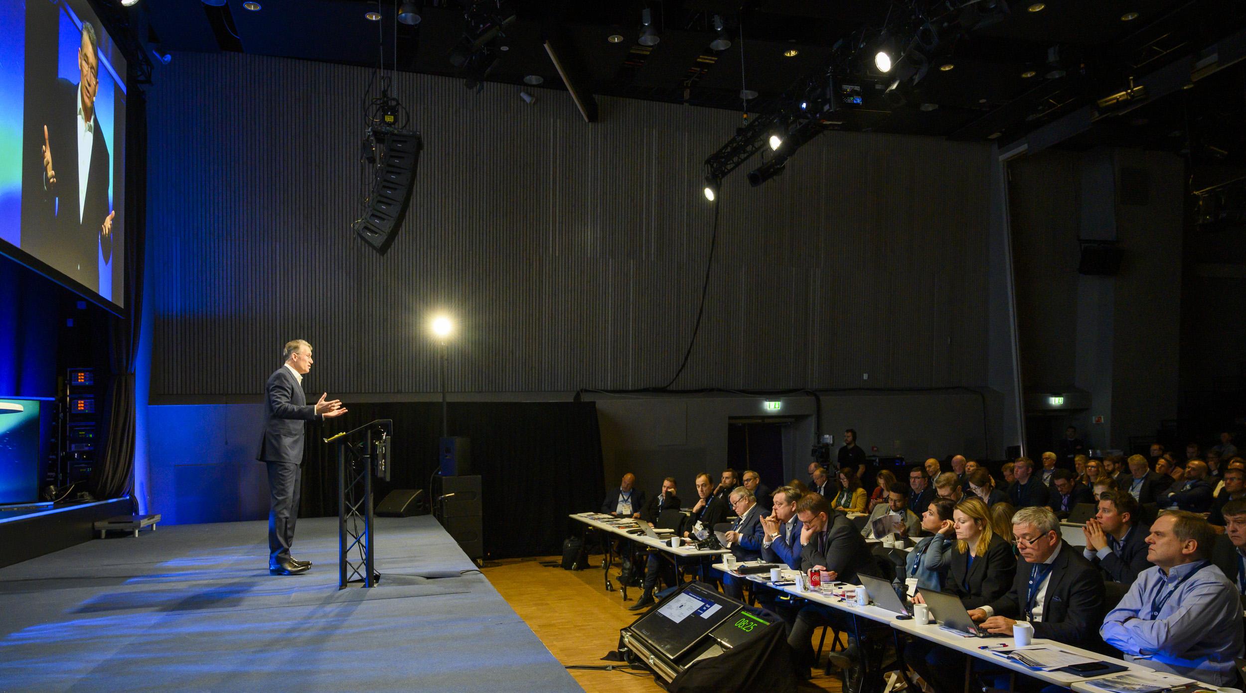 Bob Wolpert presenterer Hyper Insight